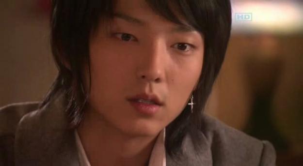 Lee Jun-ki and ... his Hair